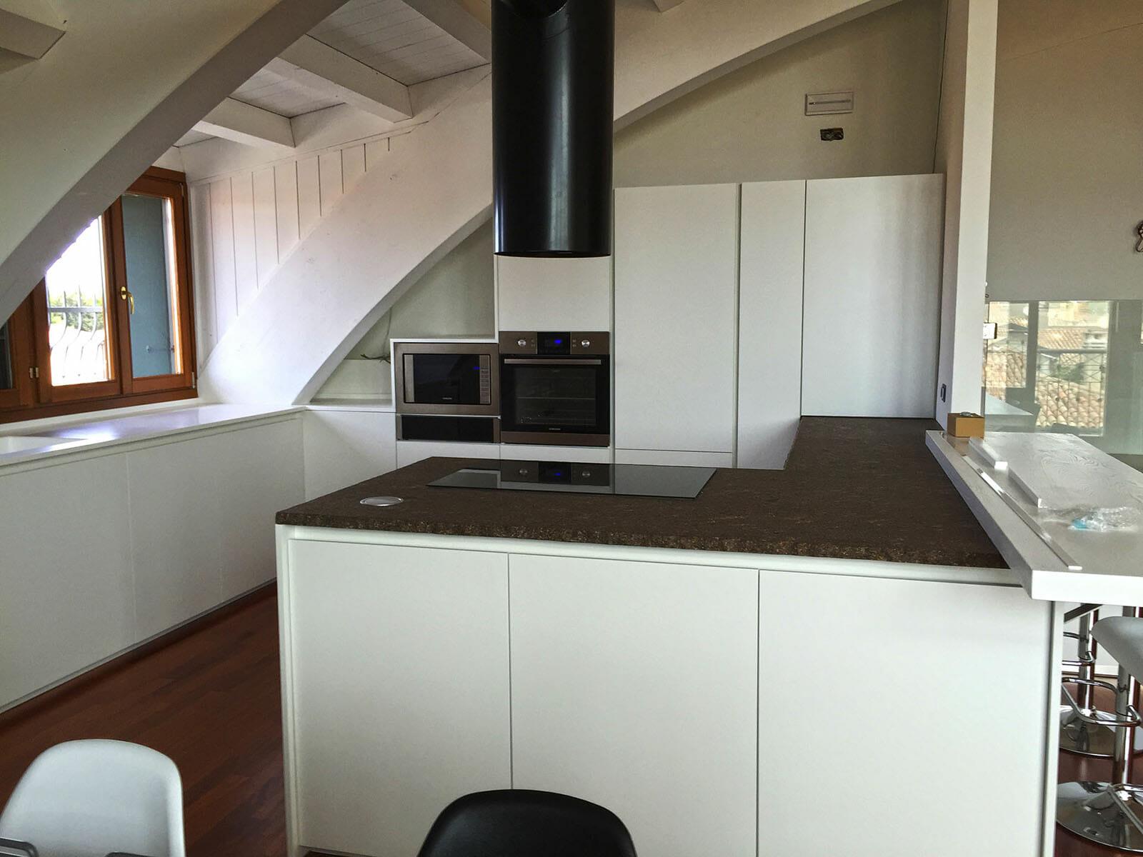 Piano cucina in marmo 1 marmisavegnago - Marmo piano cucina ...